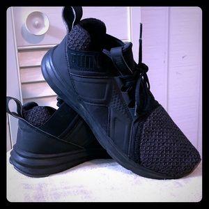 Enzo Wide Men's Training Shoes